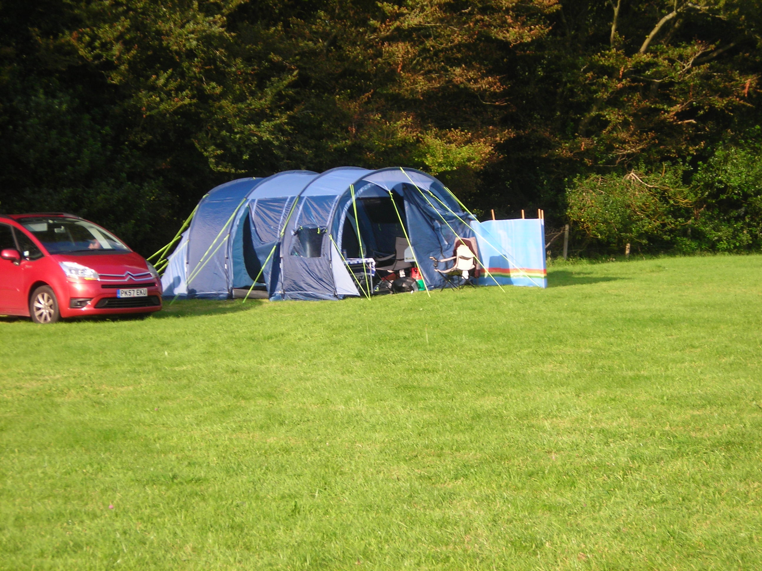 Camping August 2012 full booked 011