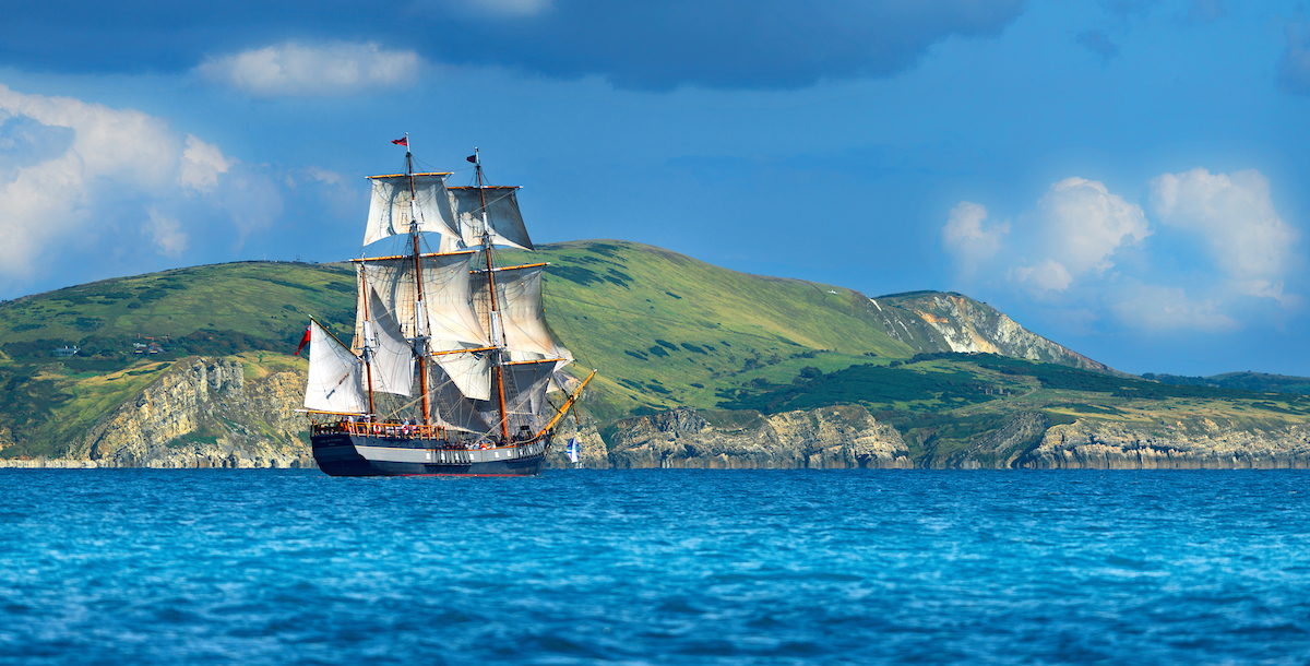 Tall ship Earl of Pembroke Lulworth Cove
