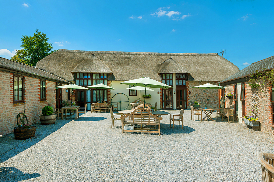 Berehayes Holiday Cottages courtyard